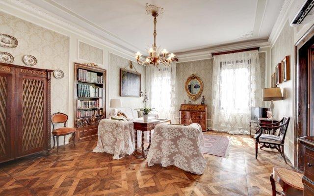 Отель San Vidal - WR Apartments Италия, Венеция - отзывы, цены и фото номеров - забронировать отель San Vidal - WR Apartments онлайн комната для гостей