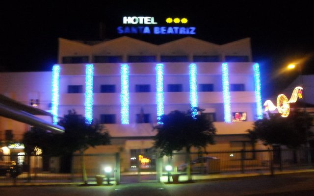 Hotel Santa Beatriz вид на фасад