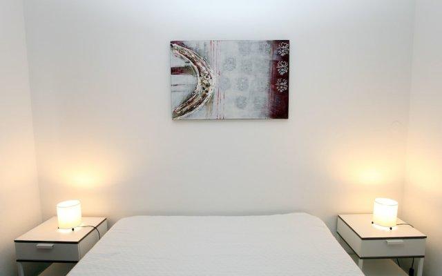 Апартаменты Apartments 33 Mae de Deus by Green Vacations Понта-Делгада комната для гостей