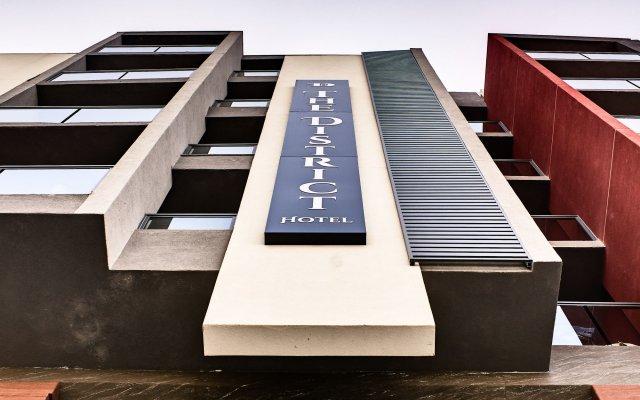 Отель The District Hotel Мальта, Сан Джулианс - 1 отзыв об отеле, цены и фото номеров - забронировать отель The District Hotel онлайн вид на фасад