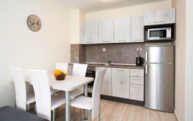 Апартаменты Alexandrovi Apartment in Cascadas Complex Солнечный берег в номере