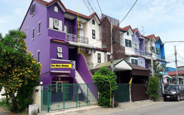 Отель The Nine House Бангкок вид на фасад