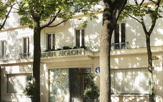 Hotel Aiglon вид на фасад