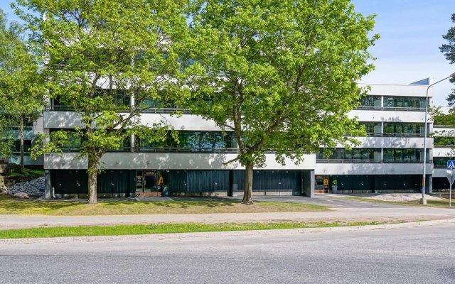 Отель Forenom Serviced Apartments Espoo Tapiola Финляндия, Эспоо - отзывы, цены и фото номеров - забронировать отель Forenom Serviced Apartments Espoo Tapiola онлайн вид на фасад
