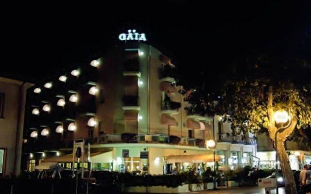 Hotel Gaia Римини вид на фасад