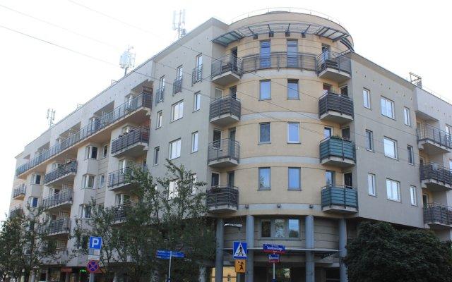 Отель Kolorowa Guest Rooms вид на фасад