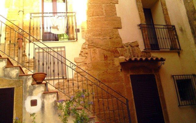 Отель Domus Antiqua Агридженто вид на фасад