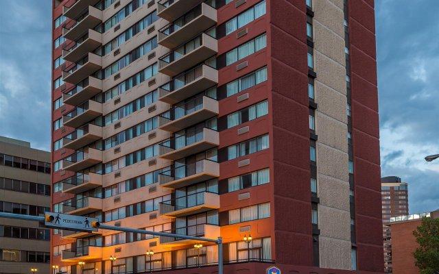Отель Best Western Plus Suites Downtown Канада, Калгари - отзывы, цены и фото номеров - забронировать отель Best Western Plus Suites Downtown онлайн вид на фасад