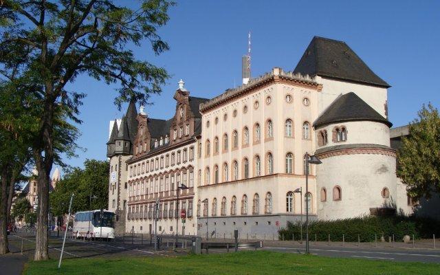 Отель ACHAT Plaza Frankfurt/Offenbach вид на фасад