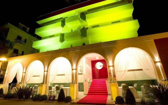 Отель Coelho Италия, Гаттео-а-Маре - отзывы, цены и фото номеров - забронировать отель Coelho онлайн вид на фасад