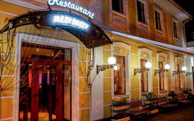Гостиница Одесский Дворик Одесса вид на фасад