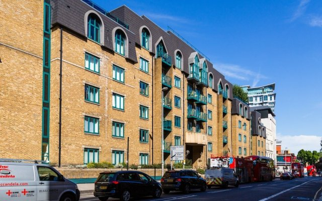 Отель Central Flat With Garden View Ideal for Couples Великобритания, Лондон - отзывы, цены и фото номеров - забронировать отель Central Flat With Garden View Ideal for Couples онлайн вид на фасад