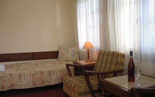 Family Hotel Regina Тырговиште комната для гостей
