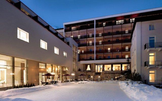Отель Morosani Schweizerhof Швейцария, Давос - отзывы, цены и фото номеров - забронировать отель Morosani Schweizerhof онлайн вид на фасад