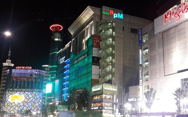 Star Hostel Myeongdong Ing вид на фасад
