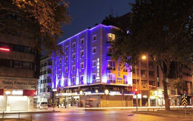 Tanik Hotel Турция, Измир - отзывы, цены и фото номеров - забронировать отель Tanik Hotel онлайн вид на фасад