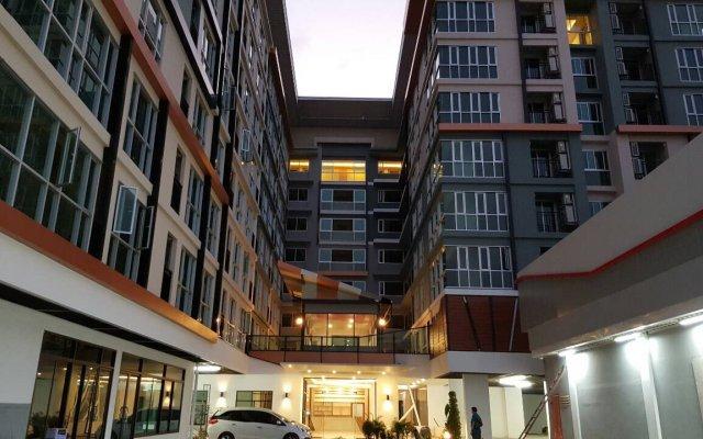 Отель Central Mansion Бангкок вид на фасад