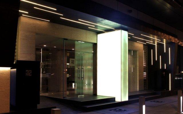 Отель 72 Hotel ОАЭ, Шарджа - 1 отзыв об отеле, цены и фото номеров - забронировать отель 72 Hotel онлайн вид на фасад