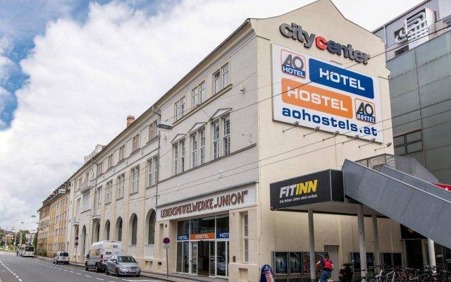 Отель A&O Salzburg Hauptbahnhof Зальцбург вид на фасад