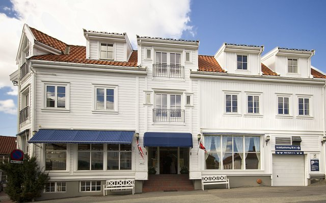 Отель Scandic Grimstad Норвегия, Гримстад - отзывы, цены и фото номеров - забронировать отель Scandic Grimstad онлайн вид на фасад