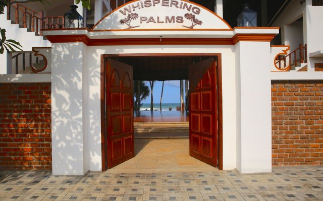 Отель Whispering Palms Hotel Шри-Ланка, Бентота - отзывы, цены и фото номеров - забронировать отель Whispering Palms Hotel онлайн вид на фасад
