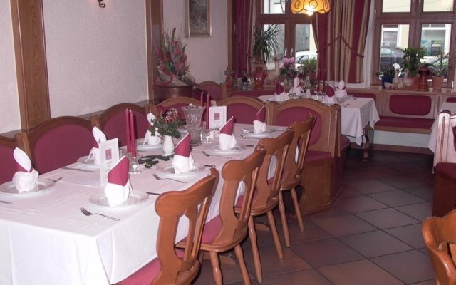 Hotel Gasthof Dallmayr In Postbauer Heng Germany From 105