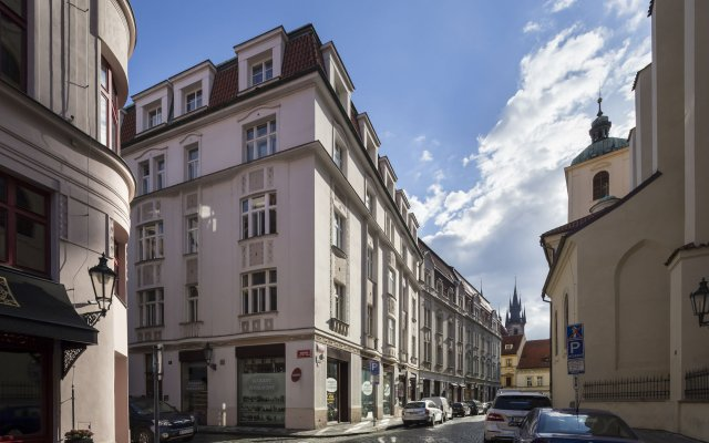 Отель Old Town - Templova Apartments Чехия, Прага - отзывы, цены и фото номеров - забронировать отель Old Town - Templova Apartments онлайн вид на фасад