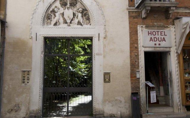 Отель Adua Hotel Италия, Венеция - 11 отзывов об отеле, цены и фото номеров - забронировать отель Adua Hotel онлайн вид на фасад