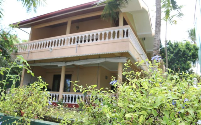 Отель Queen River Inn Шри-Ланка, Берувела - отзывы, цены и фото номеров - забронировать отель Queen River Inn онлайн вид на фасад