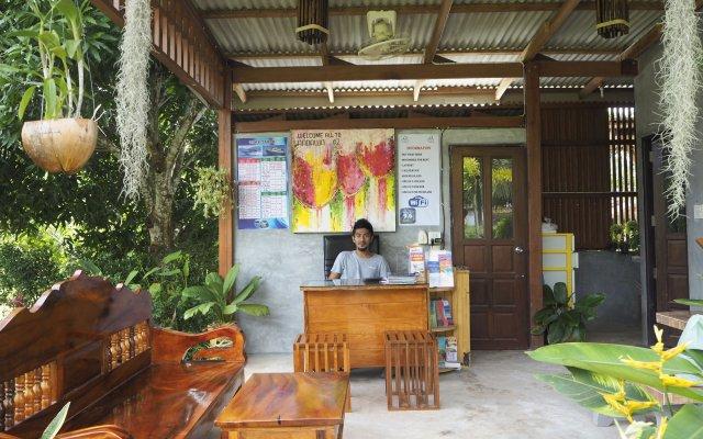 Отель Andawa Lanta House Таиланд, Ланта - отзывы, цены и фото номеров - забронировать отель Andawa Lanta House онлайн вид на фасад