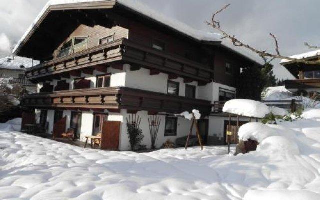 Отель Landhaus Elfi вид на фасад