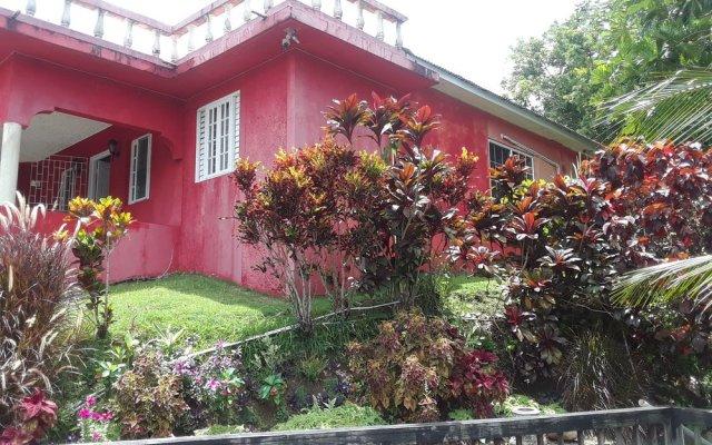 Отель Ridge Bay Chateau Ямайка, Порт Антонио - отзывы, цены и фото номеров - забронировать отель Ridge Bay Chateau онлайн вид на фасад