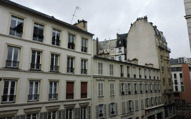 Paris Hotel Le Mediterraneen вид на фасад