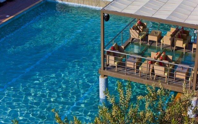 Отель Flegra Beach Boutique Apartments Греция, Пефкохори - отзывы, цены и фото номеров - забронировать отель Flegra Beach Boutique Apartments онлайн бассейн