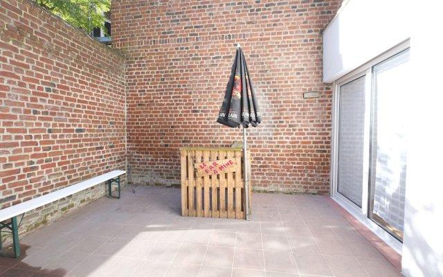 Escale de 80 m² Avec Cour et Parking 0