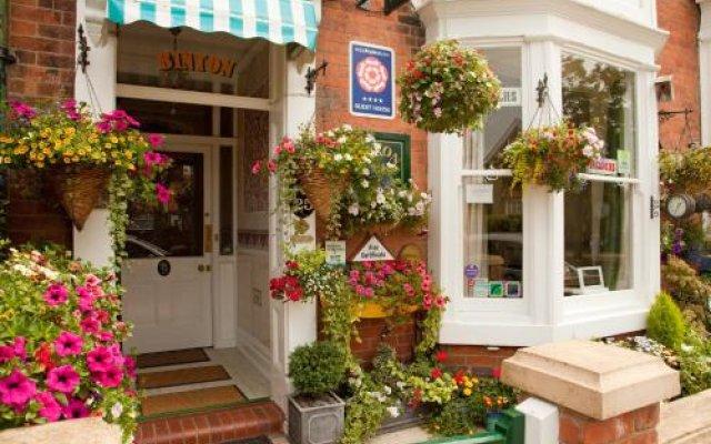 Отель Binton Guest House Великобритания, Файли - отзывы, цены и фото номеров - забронировать отель Binton Guest House онлайн вид на фасад