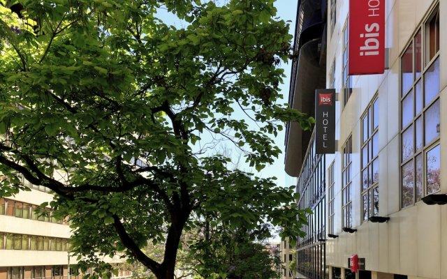 Отель ibis Lisboa Liberdade вид на фасад