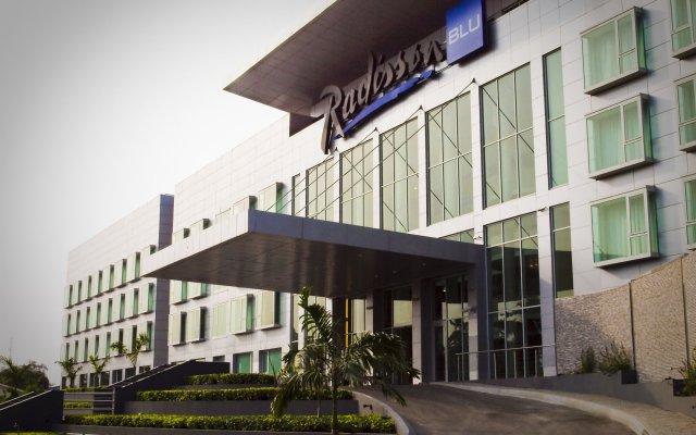 Отель Radisson Blu Anchorage Лагос вид на фасад