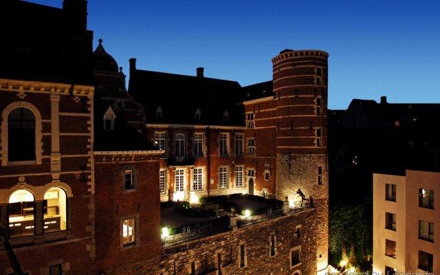Отель Les Comtes De Mean Льеж вид на фасад
