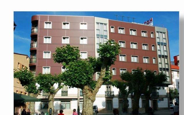 Отель La Noyesa вид на фасад