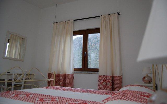 Отель Nioleo Turismo Rurale Италия, Синискола - отзывы, цены и фото номеров - забронировать отель Nioleo Turismo Rurale онлайн комната для гостей