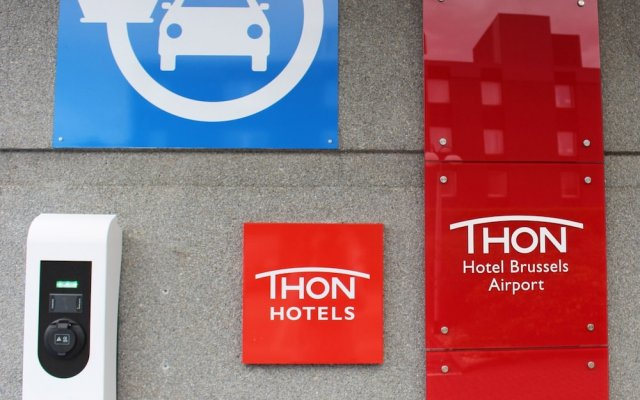 Thon Hotel Brussels Airport вид на фасад