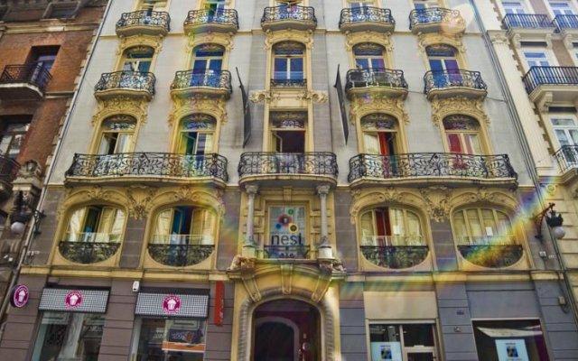 Отель Red Nest Hostel Испания, Валенсия - отзывы, цены и фото номеров - забронировать отель Red Nest Hostel онлайн вид на фасад