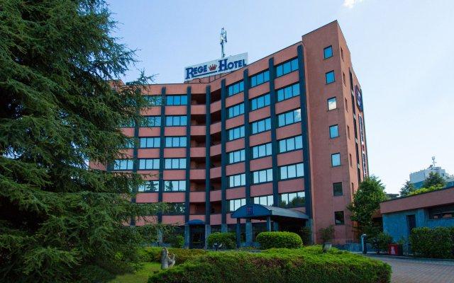 Rege Hotel Сан-Донато-Миланезе вид на фасад