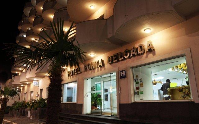 Отель Ponta Delgada Португалия, Понта-Делгада - отзывы, цены и фото номеров - забронировать отель Ponta Delgada онлайн вид на фасад