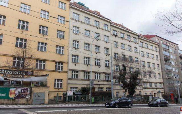 Апартаменты Cosy Modern Vinohrady Apartment вид на фасад