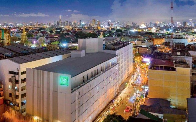 Отель ibis Styles Bangkok Khaosan Viengtai вид на фасад