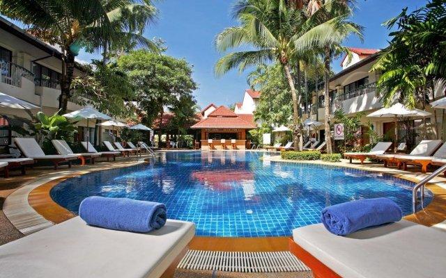 Отель Horizon Patong Beach Resort And Spa Пхукет вид на фасад