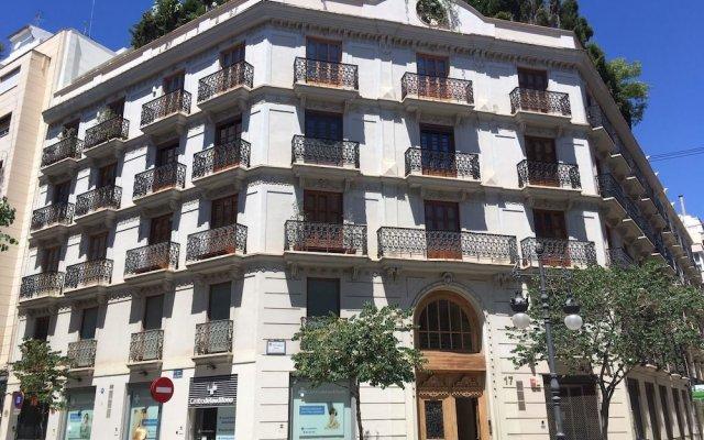 Апартаменты Art Boutique Colon Apartments вид на фасад