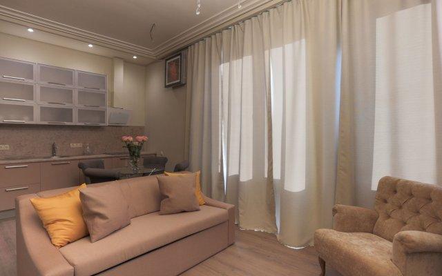 Апартаменты Arbat House Apartments on Bolshaya Nikitskaya комната для гостей